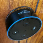 GoogleホームミニやAlexa  Echo Dotを壁に掛ける100円台アイテム